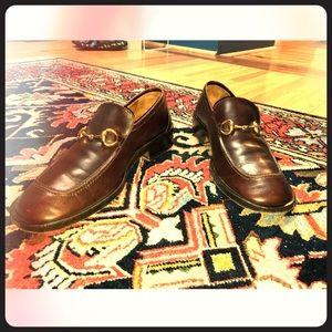 Authentic men's Gucci dress shoes size 8,5 US